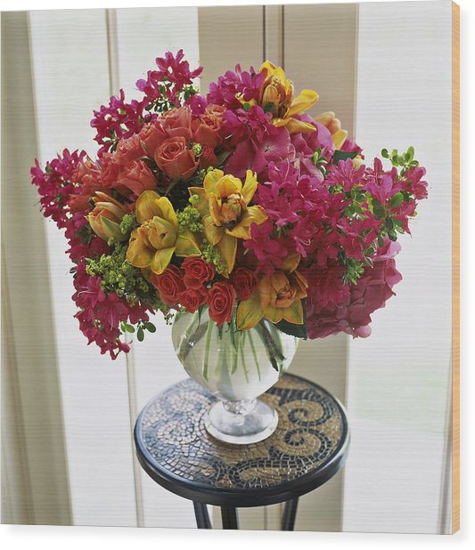 Mixed Arrangement In Decorative Vase On Wood Print by Richard Felber