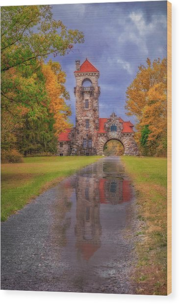 Wood Print featuring the photograph Mohonk Preserve Gatehouse  Ny Fall  by Susan Candelario