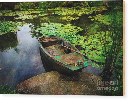 Monet's Gardeners Boat Wood Print