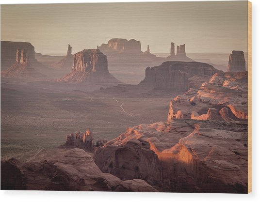 Monument Valley From The Hunts Mesa Wood Print