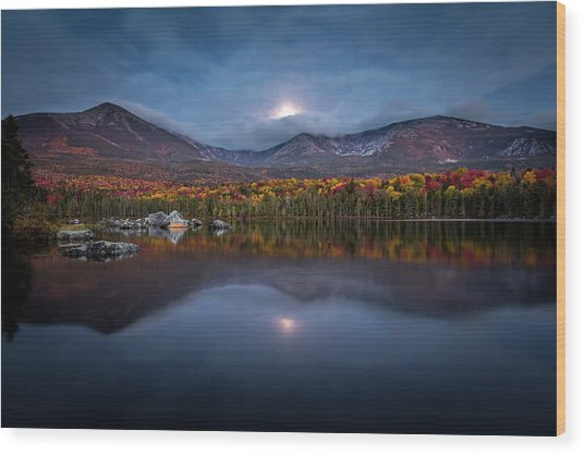 Moon Set At Sandy Stream Pond, Baxter State Park Wood Print