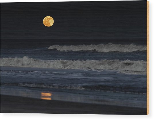 Wood Print featuring the photograph Moonrise Over Assateague Island Beach by William Dickman