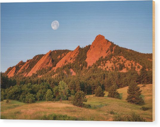 Moonset Over The Flatirons Wood Print