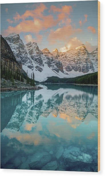 Morraine Lake Moonset / Alberta, Canada  Wood Print