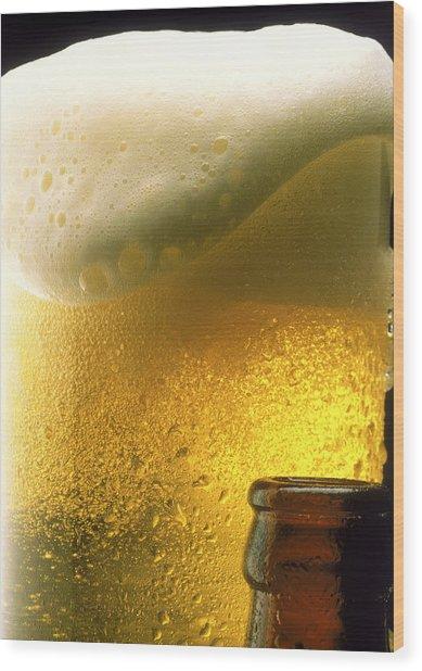 Mug Of Beer With Foam Wood Print