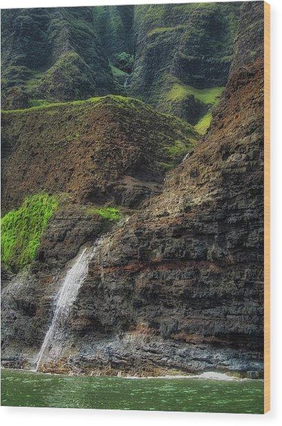 Na Pali Coast Waterfall Wood Print