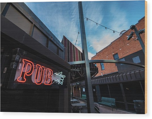Neon Pub Sign Wood Print