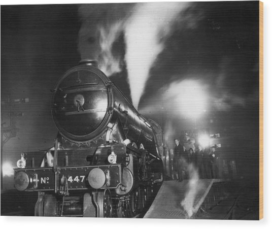 Night Train Wood Print by Topical Press Agency