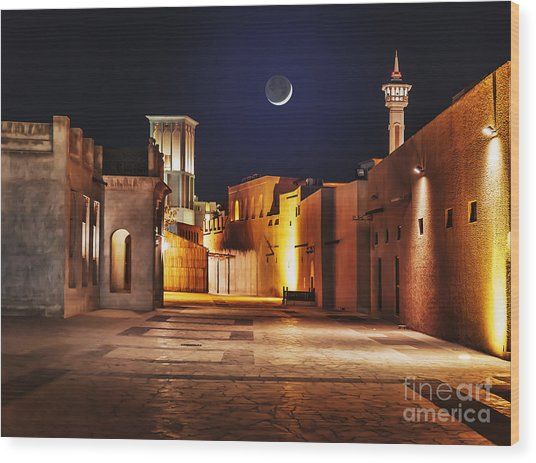 Night View Of The Streets Of The Old Wood Print