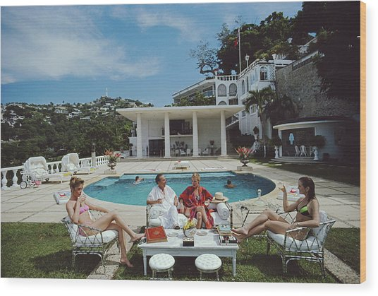 Nirvana Quartet Wood Print by Slim Aarons