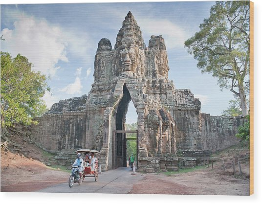 North Gate, Angkor Thom, Angkor, Unesco Wood Print by Andrew Stewart / Robertharding