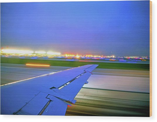 O'hare Night Takeoff Wood Print