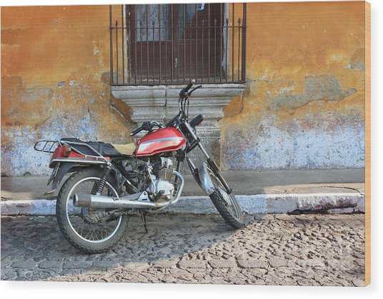 Old Motorcyle In Colonial Antigua Wood Print