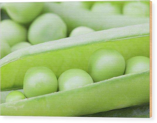 Organic Peas Wood Print by Andrew Dernie