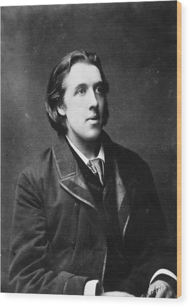 Oscar Wilde Wood Print by Hulton Archive