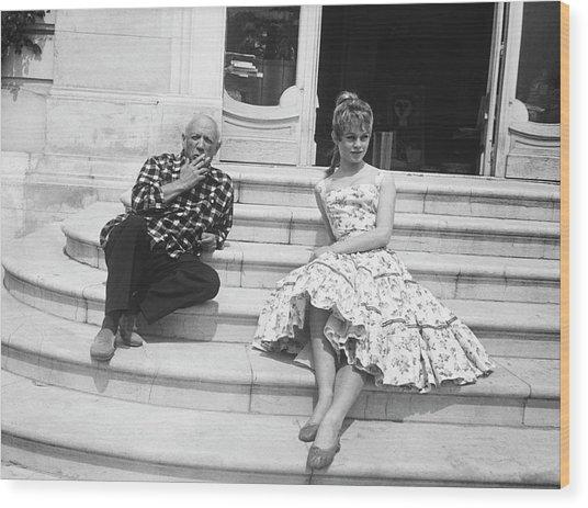 Pablo Picasso With Brigitte Bardot Wood Print