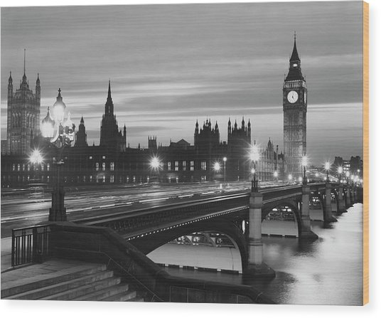Parliament By Night Wood Print by Peter King