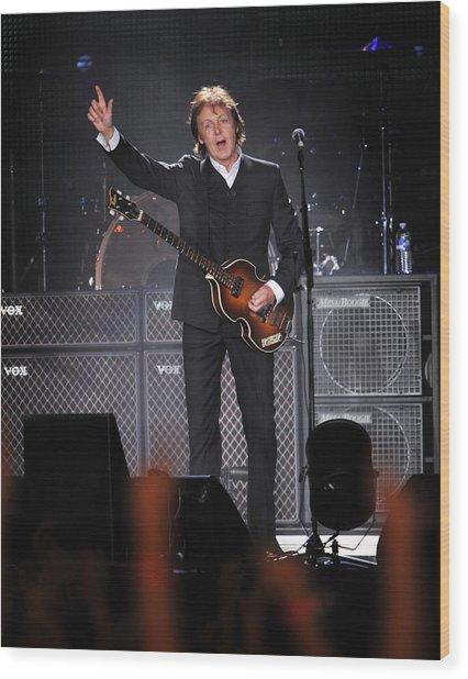 Paul Mccartney Brings The House Down At Wood Print by New York Daily News Archive