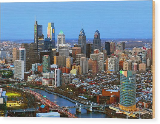 Philadelphia Skyline At Dusk 2018 Wood Print