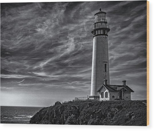 Pigeon Point Light Station Wood Print
