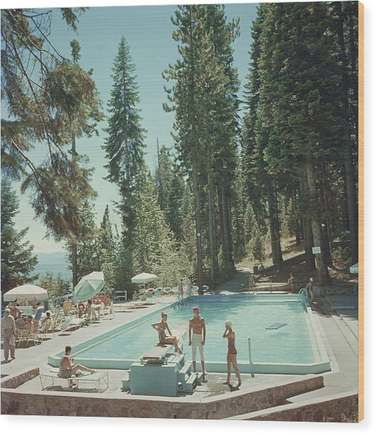 Pool At Lake Tahoe Wood Print by Slim Aarons