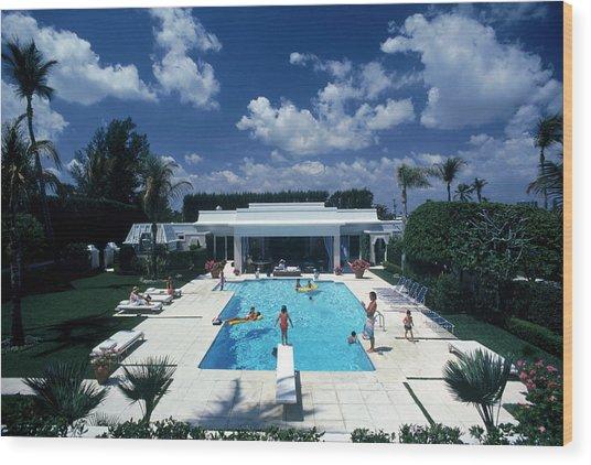 Pool In Palm Beach Wood Print by Slim Aarons