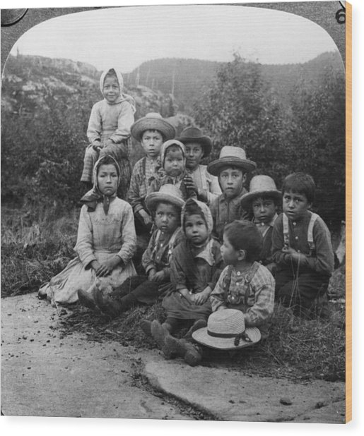 Portrait Of Children From Indian Tribe Wood Print by Kean Collection