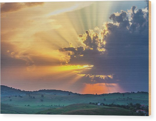 Powerful Sunbeams Wood Print
