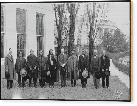 President Coolidge With Delegation Wood Print