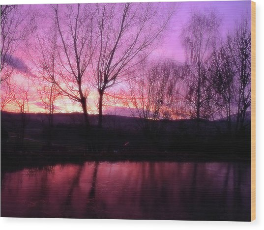 Purple Winter Sunset Over The Lake Wood Print