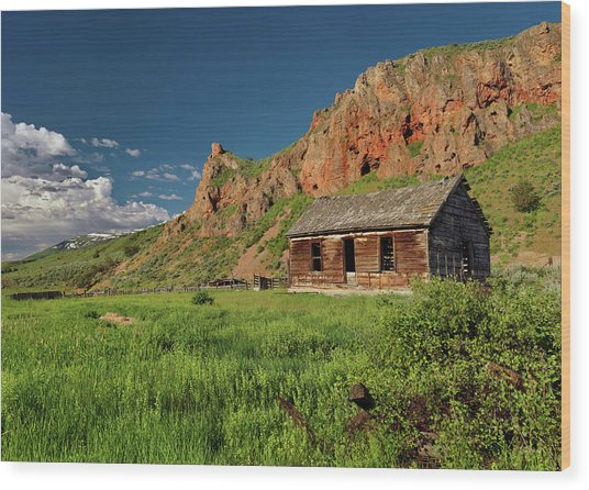 Red Rock Cabin Wood Print