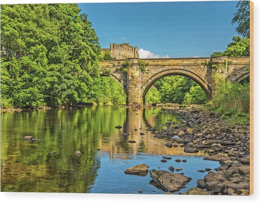 Richmond Castle And The River Swale Wood Print by David Ross
