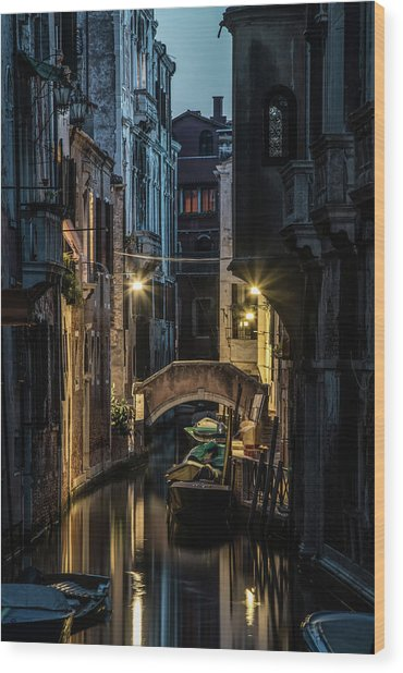 Romantic Evenin In Venice Wood Print