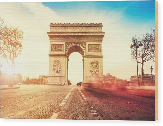 Rush Hour At The Arc De Triomphe In Wood Print by Franckreporter