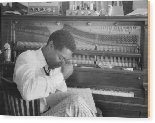 Sam Cooke At The Piano Wood Print by Michael Ochs Archives