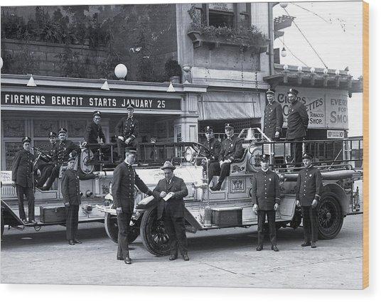 Santa Monica Firemen 1920 Wood Print