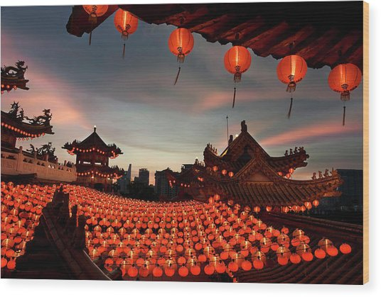 Scene Of Chinese Temple With Lanterns Wood Print by Collinschin