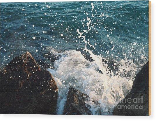 Sea  Wave  Break On Stone,aegean Wood Print by