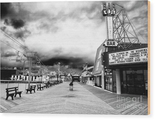 Seaside Heights Before The Crowds Wood Print