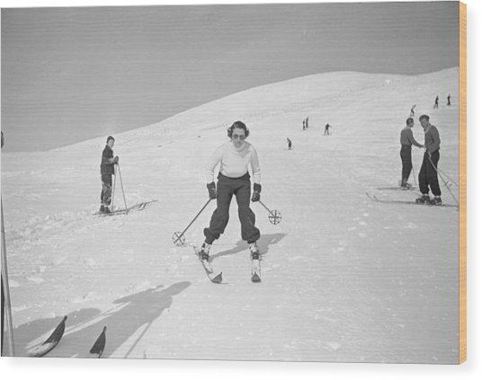 Skiing At Sun Valley Wood Print