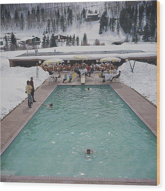 Snow Round The Pool Wood Print by Slim Aarons