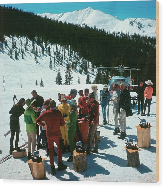 Snowmass Picnic Wood Print by Slim Aarons