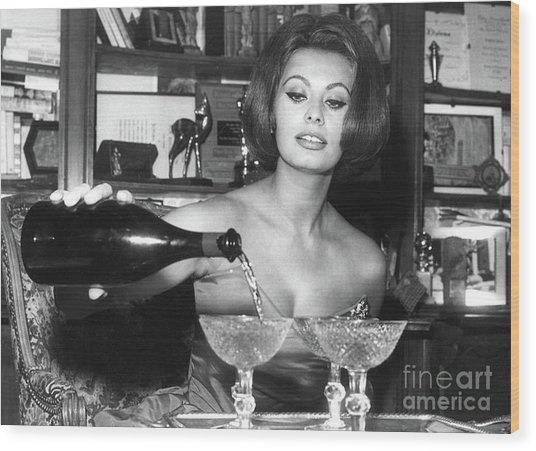 Sophia Loren, Coupe Champagne Glasses Wood Print