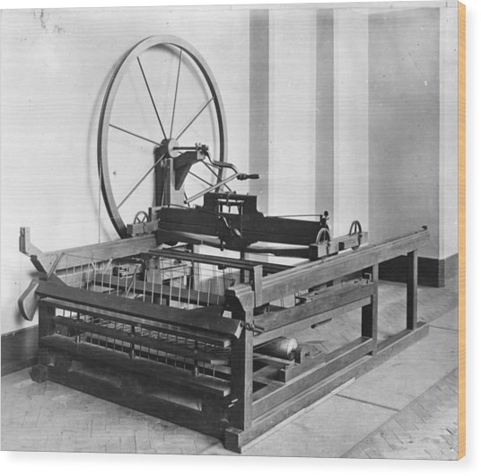 Spinning Jenny Wood Print by Hulton Archive