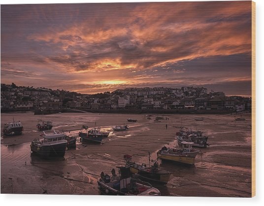 St Ives Cornwall - Harbour Sunset Wood Print