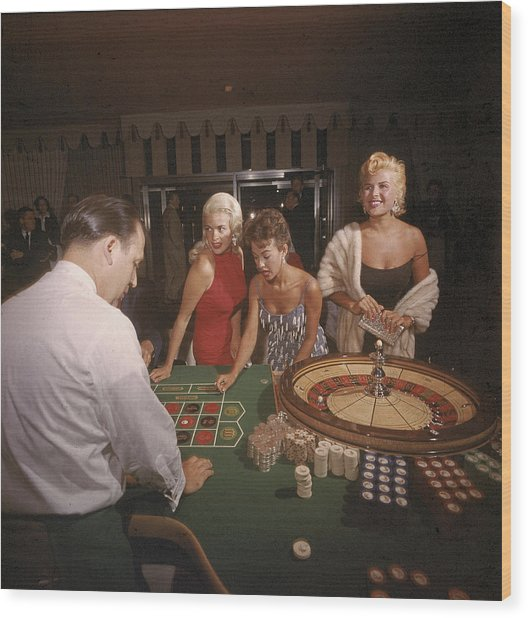 Stars At The Roulette Table Wood Print
