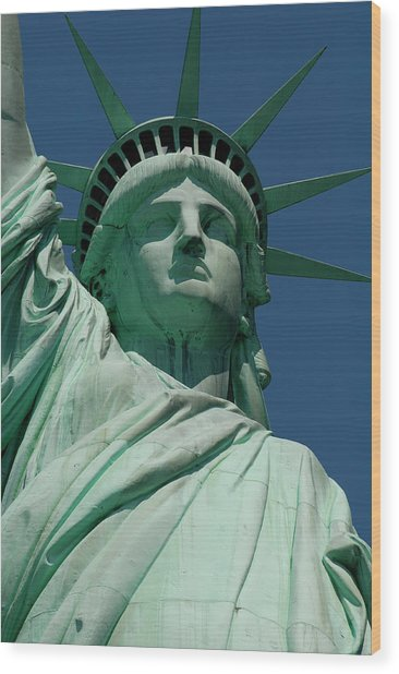 Statue Of Liberty, Nyc Wood Print by Manrico Mirabelli