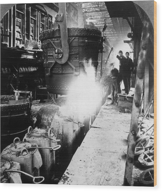 Steel Foundry Wood Print by Hulton Archive