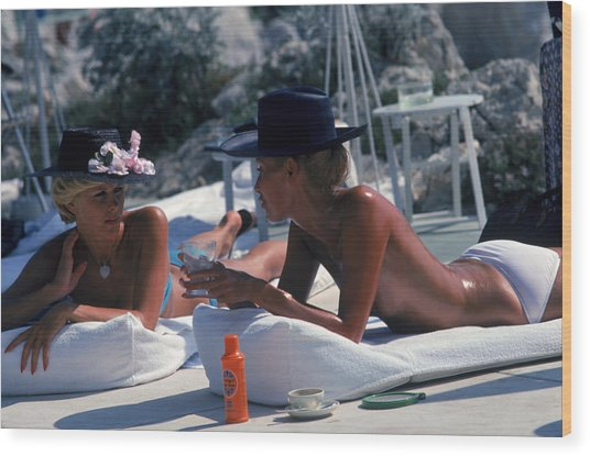 Sunbathing In Antibes Wood Print by Slim Aarons