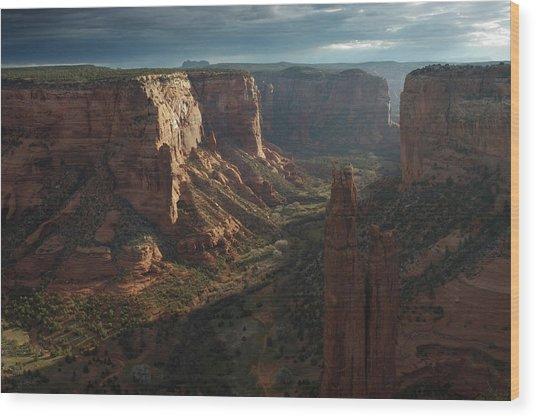 Sunrise At Canyon De Chelly Wood Print
